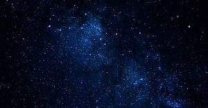 ¿Por qué el espacio es oscuro?